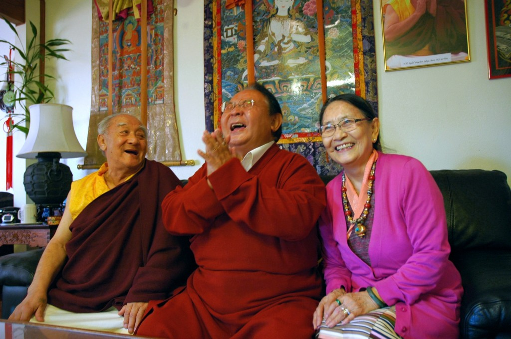 The laughing lama ... mérite bien son surnom !